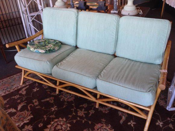 vintage-love-seat