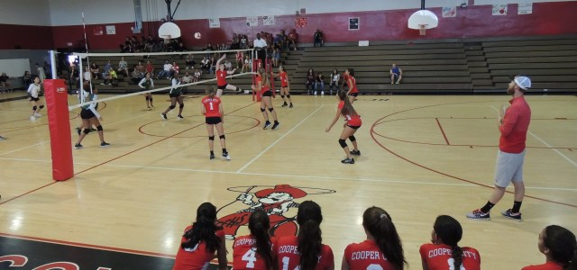 Weekly recap 8/20 – 8/24: Girls varsity volleyball takes a win and a loss