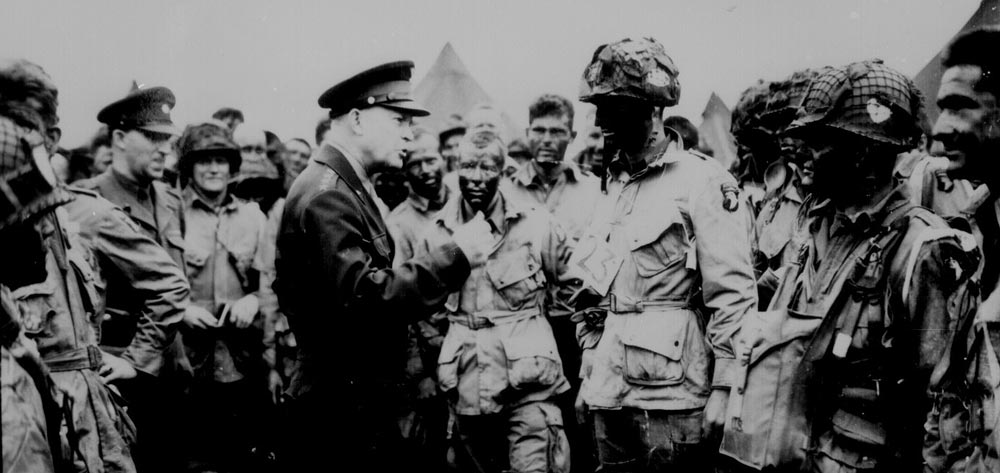 Eisinhower motivating the troops hours before D-Day 1944
