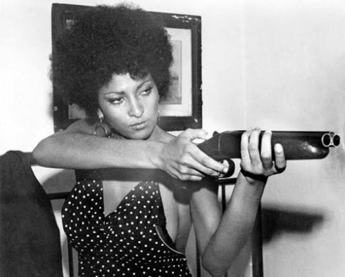 femme-fatale-pam-grier-coffy-theringtrick-tumblr