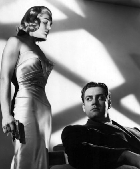 Lizabeth Scott and Raymond Burr in Pitfall 1948