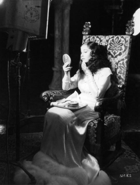 Valerie Hobson as Elizabeth