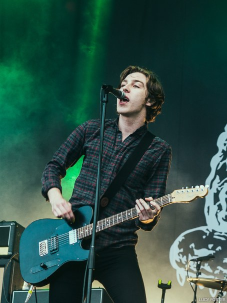catfish-and-the-bottlemen-lucy-foster-3305
