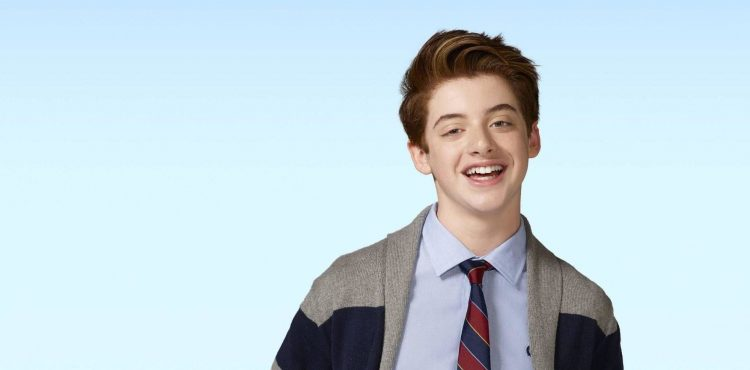 """The Mick"" star Thomas Barbusca talks about creating one of primetime's craziest characters"