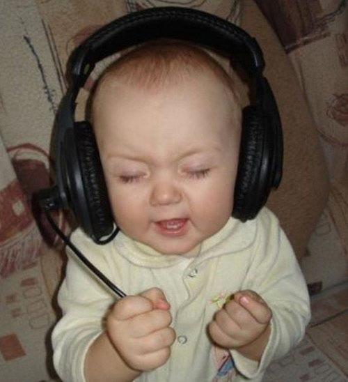 https://i0.wp.com/thelaughingstork.com/wp-content/uploads/2009/11/Baby-Headphones.jpg