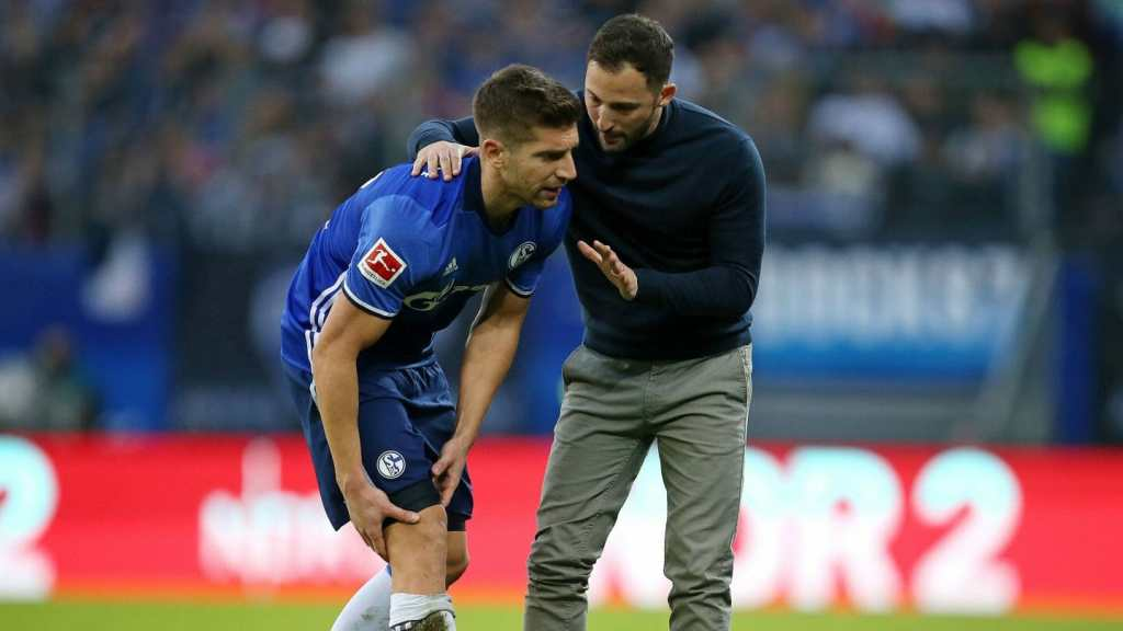 Matija Nastasić goes off injured for Schalke. Source: FC Schalke 04