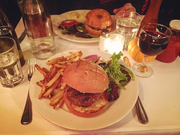 chezoskar_fortgreene_lambburger_thelazyfrenchie_newyork_unebelgeanyc_foodporn