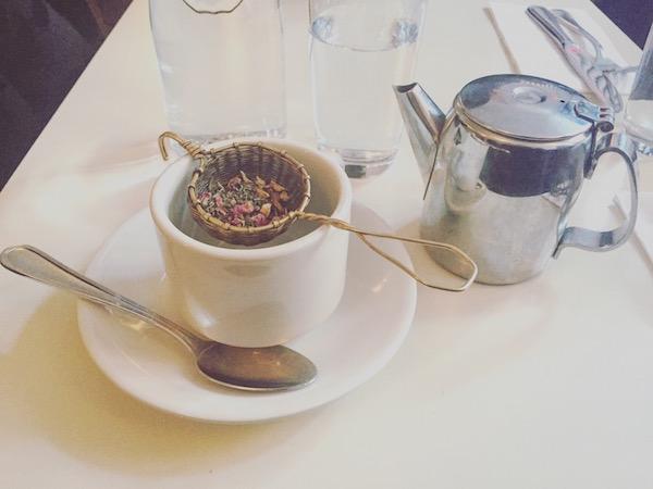 thelazyfrenchie_unebelgeanyc_dimes_dimesnyc_tea_the_instagram_tasse_teapot_theiere_resto