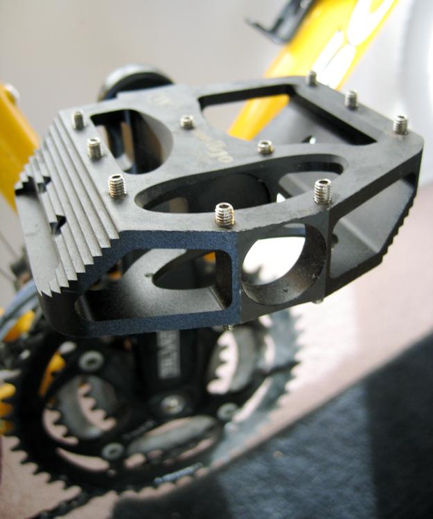 Grippy Wellgo BMX Pedals