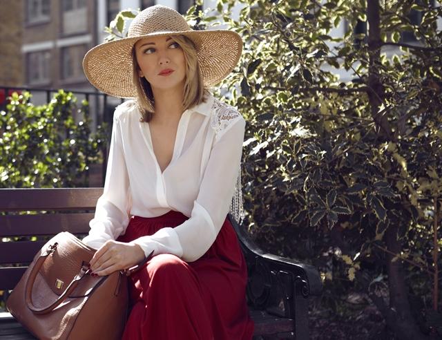 Paula Holmes Fashion Blogger