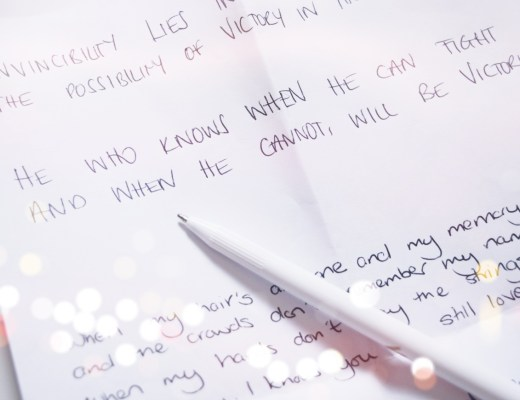 Handwriting Graphologist