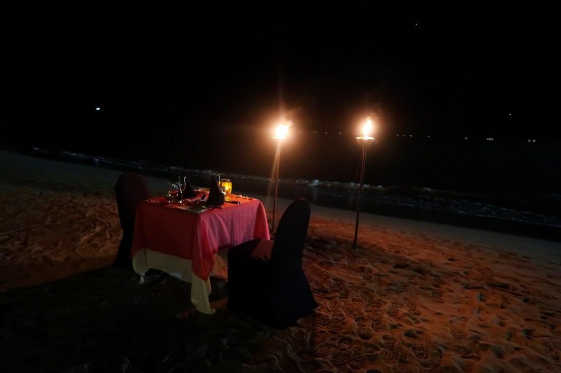 Candlelit dinner Sandals Halcyon Beach Resort
