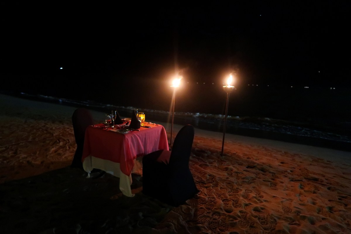 Candlelit dinner Sandals Halcyon Beach Resort
