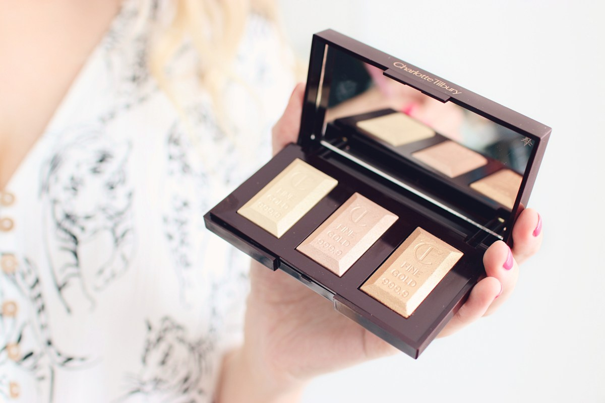 Charlotte Tilbury Bar Of Gold Highlighter Palette Review - The LDN Diaries
