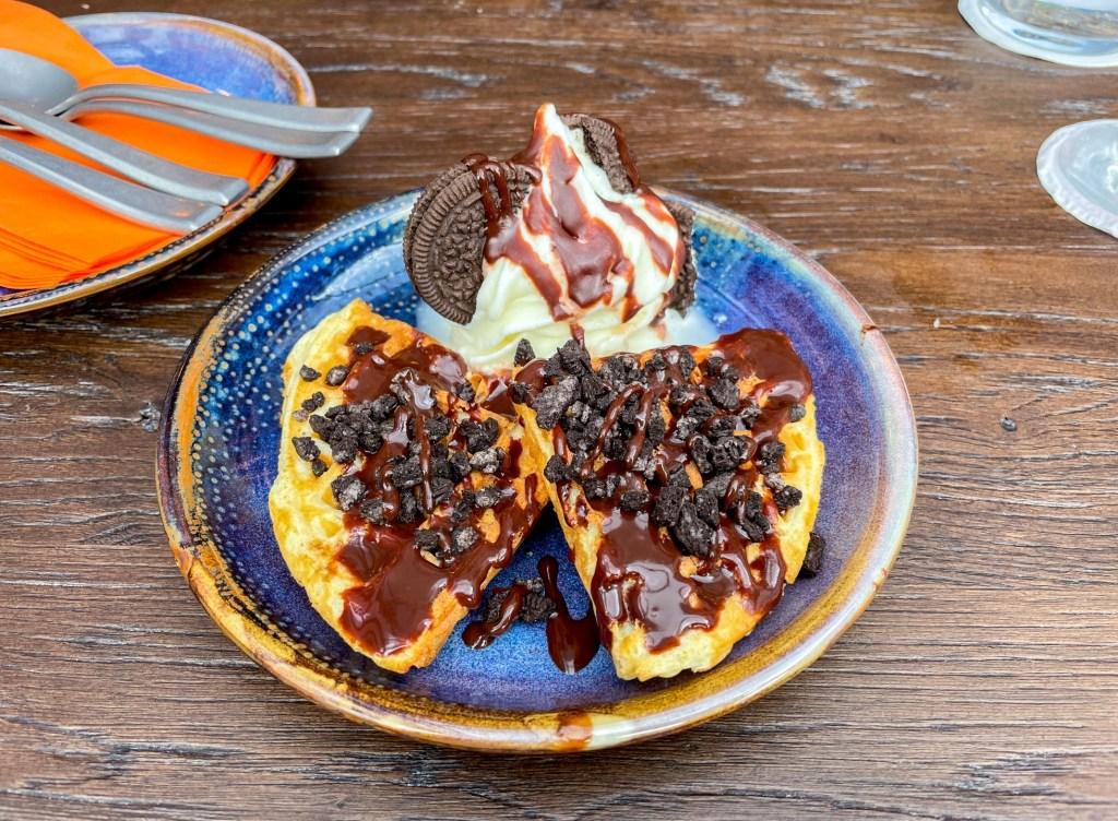 Coqbull dessert Oreo Waffle