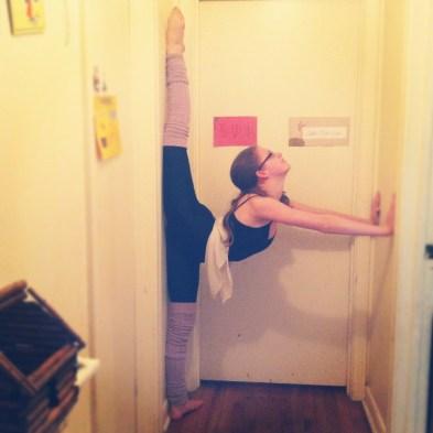 wall stretch, wall split