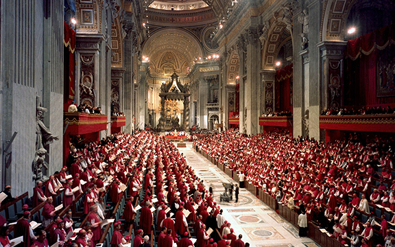 Bishops fill St. Peter's Basilica as Pope Paul VI presides over a meeting of the Second Vatican Council. (CNS photo/Catholic Press Photo) (Oct. 17, 2002) See VATICAN LETTER Dec. 2, 2011.