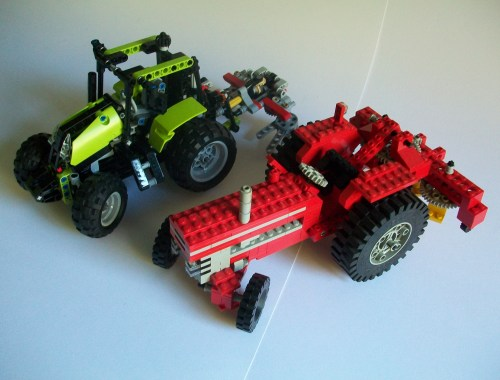 Lego 9393 and 851