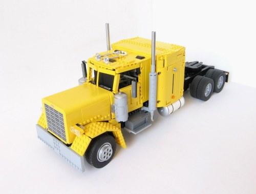 Peterbilt 379 Lego