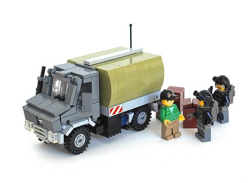 Lego Military Unimog