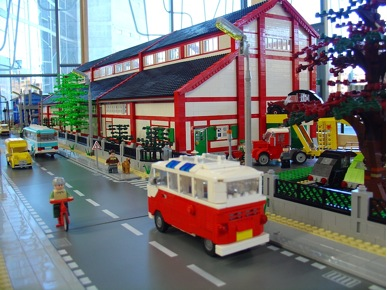 Lego Car Factory