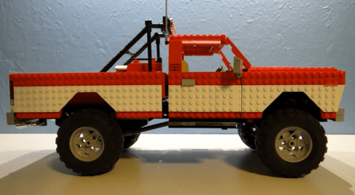 Lego Lifted Pick-Up