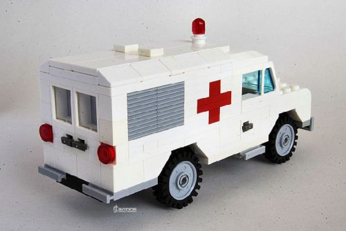 Lego Land Rover Series III Ambulance