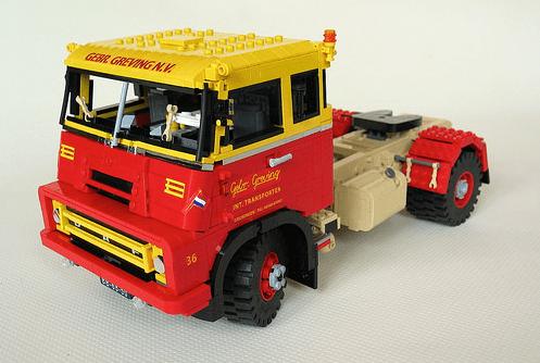 Lego DAF 2400 DO Truck