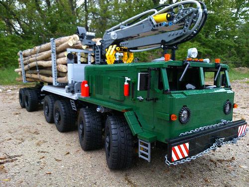 Lego MAZ 537 Truck