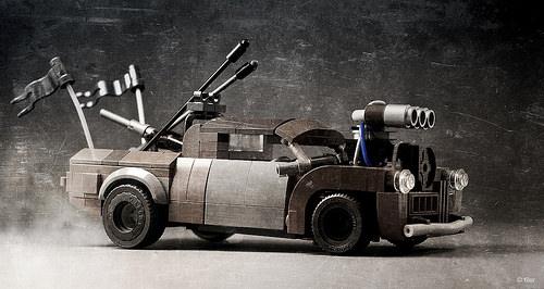 Lego Mad Max Fury Road Cranky Frank Pick-Up