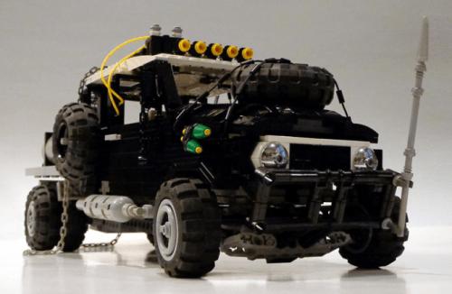 Lego Mad Max Toyota FJ40