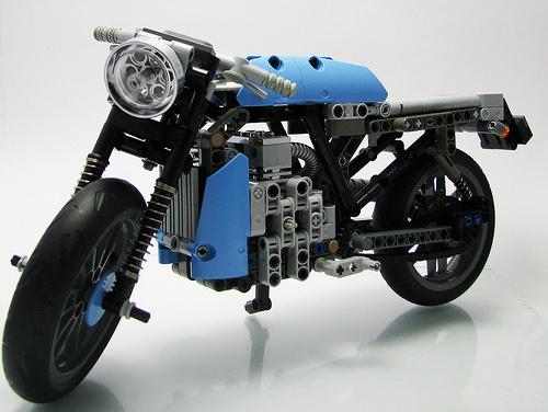 Lego Technic Cafe Racer Motorbike