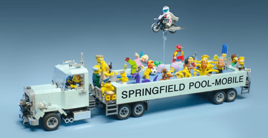 Lego Simpsons Pool Mobile