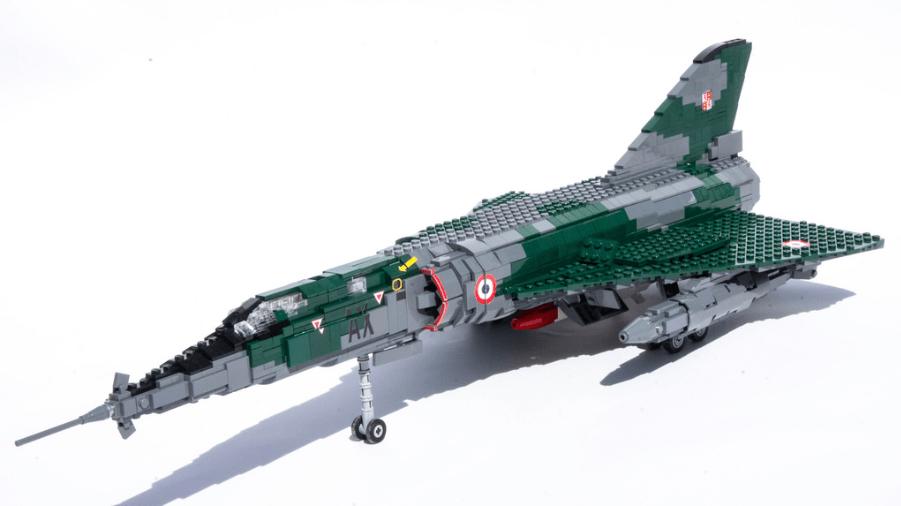 Lego Dassault Mirage IV-P - 9