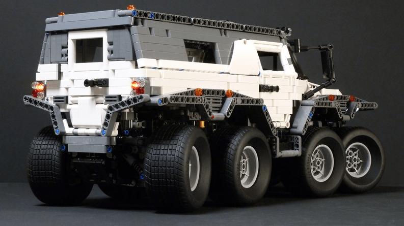Lego Technic Wamah Shaman Remote Control