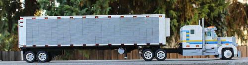 Lego Peterbilt Truck