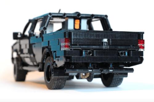 Lego Technic Mitsubishi L200 Pick-Up