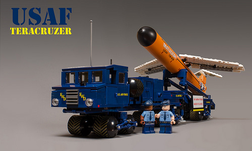 Lego MM1 Teracruzer Missile Carrier
