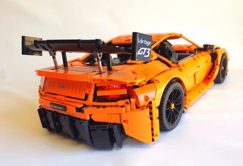 Lego Technic Aston Martin Vantage GT3