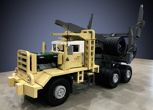 Lego Hayes HDX-1000 Truck L42 YETI Logging & Supply Co.