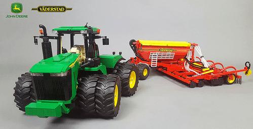 Lego John Deere 9560R Tractor RC