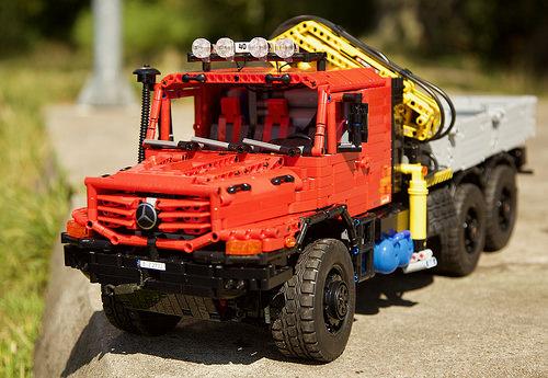 Lego Technic Mercedes-Benz Zetros Truck RC