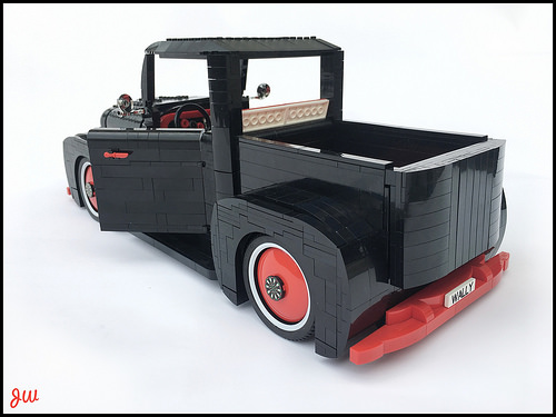 Lego Classic Pick-Up Truck
