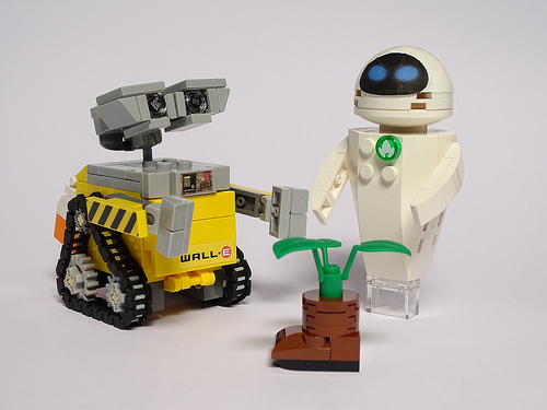 Lego WALL-E and Eve