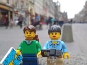 Navigating through the streets of Edinburgh