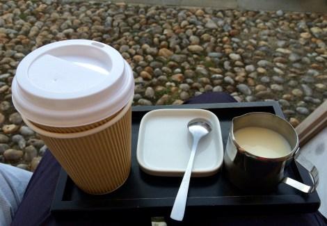 Takeaway tea from Knoops