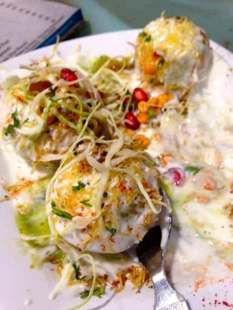 Dahi Batat Puri served by Café Shalimar in West Mumbai