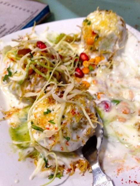 Dahi Batat Puri served by Café Shalimar in West Mumbai