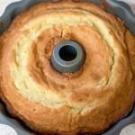 Mama's Sour Cream Pound Cake