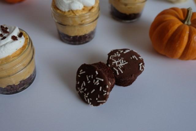 Otis Spunkmeye Mini Chocolate Cupcakes
